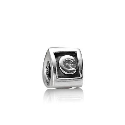 Abalorio Pandora plata letra inicial C imagen 1