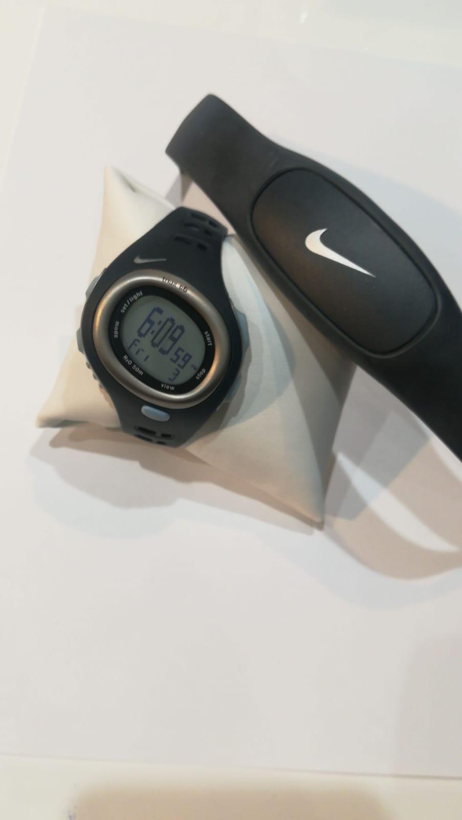 Pack reloj y pulsómetro Nike