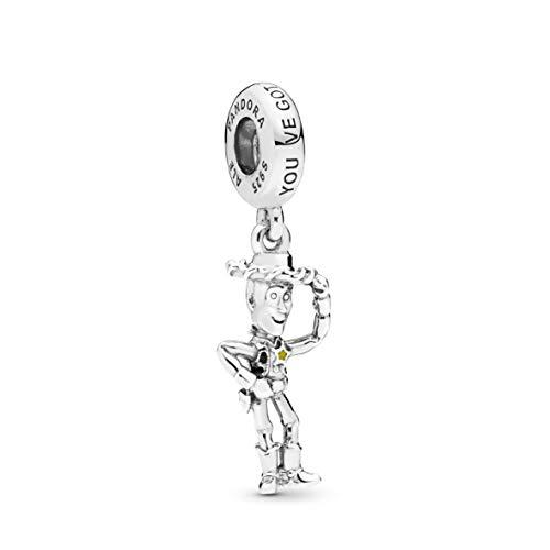 Charm Pandora Buzz Lightyear en plata de primera ley, adornado con una circonita cúbica roja, esmalte morado y grabado ?To infinity and beyond?.