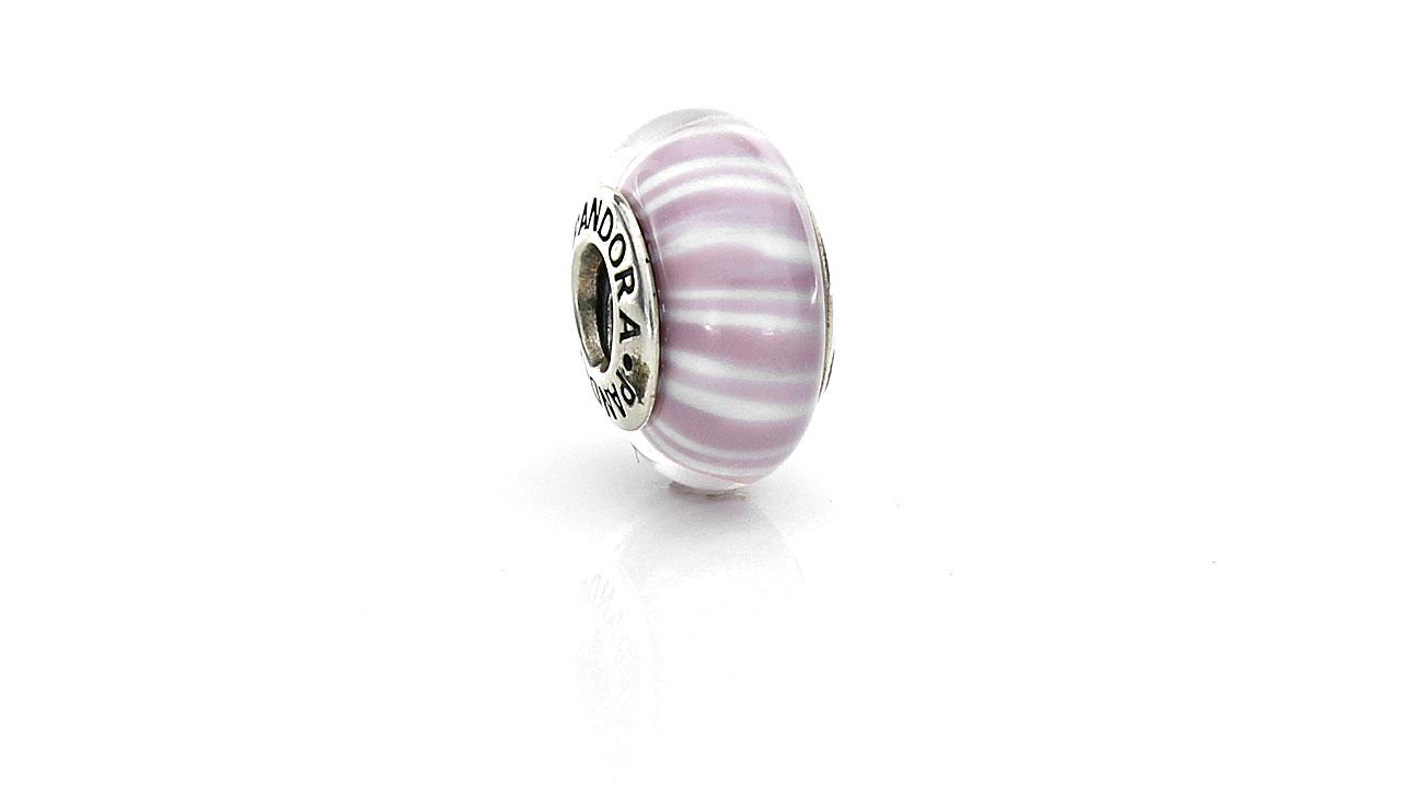 murano lila y blanco