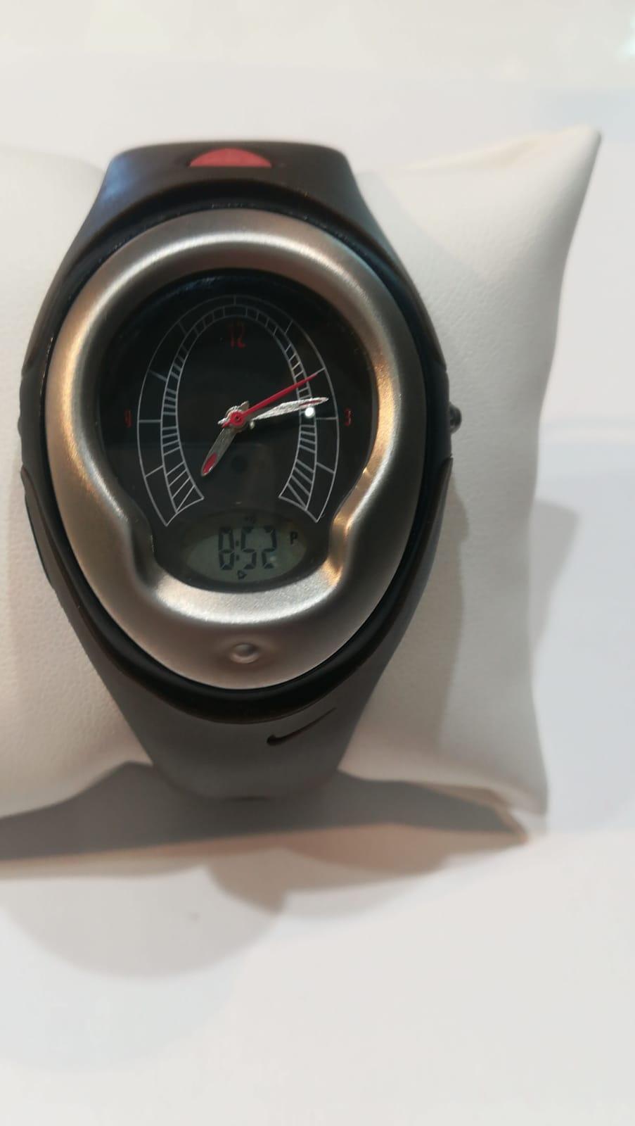 Reloj Nike imagen 1