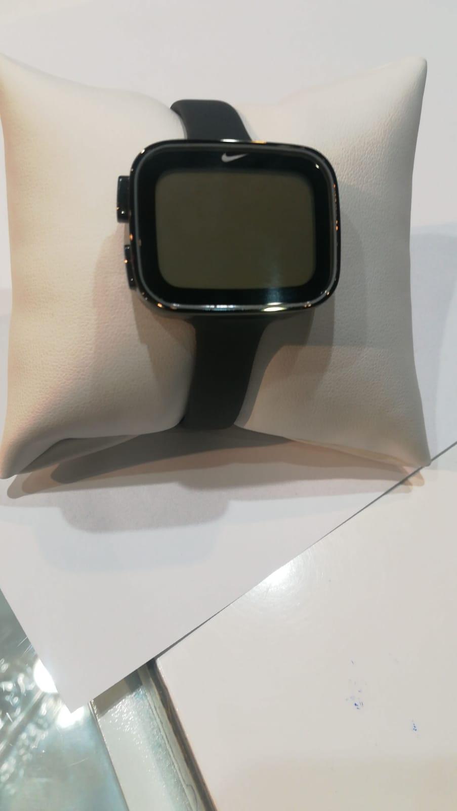 Reloj Nike